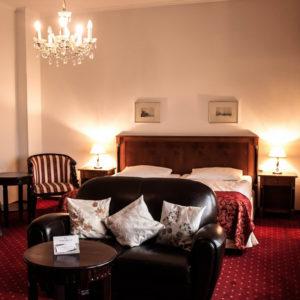 Das Hotel Prinzenpalais in Bad Doberan - Ihr klassizistisches Traumhotel in exponierter Lage. Buchen Sie Ihr Erlebnis Mecklenburg.